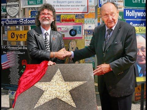 STARS Star Stern Verleihung an Hans Dietrich Genscher im Signs of Fame des Fernweh Park HD www fernw