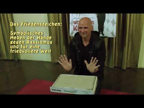 Wolfgang Krebs im Signs of Fame des Fernweh Parks HD