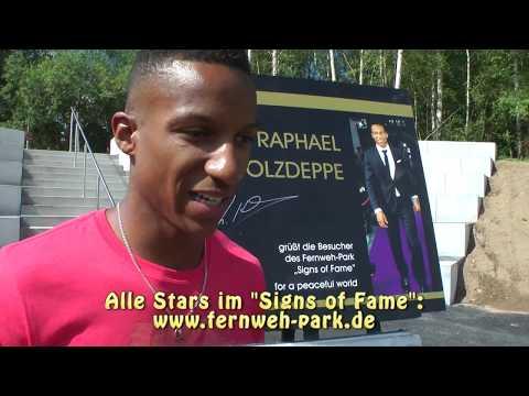 STARS Raphael Holzdeppe im Signs of Fame des Fernweh Park Aktuell 2 HD www fernweh park de