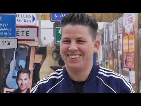STARS Kerstin Ott im Signs of Fame des Fernwehparks Aktuell OK HD