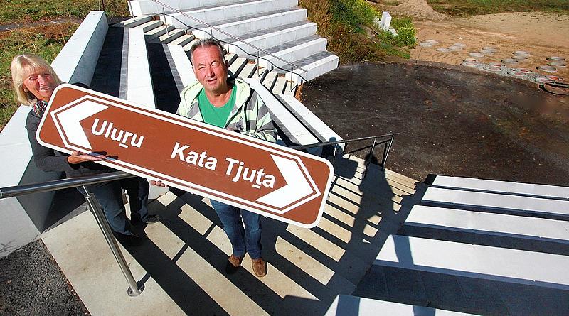 ULURU (Ayers Rock) und KATA TJUTA (Olgas) aus down under Australia