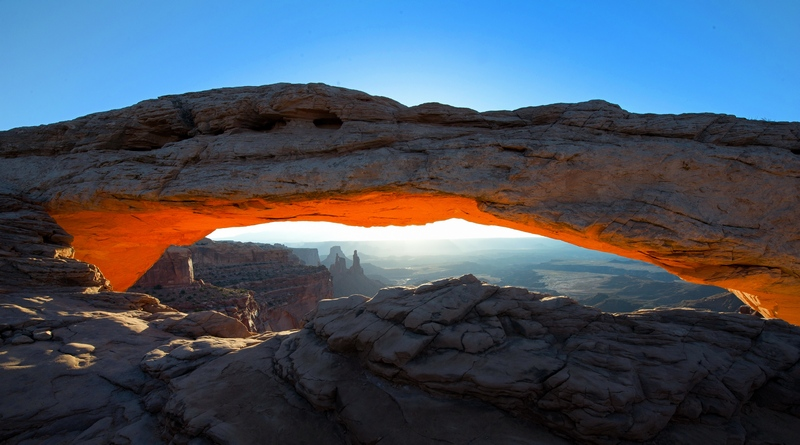 "Unser ""Fernweh LandschaftsSTAR"" Monat Januar 2019: Mesa Arch, Canyonlands, Utah (Nordamerika)"