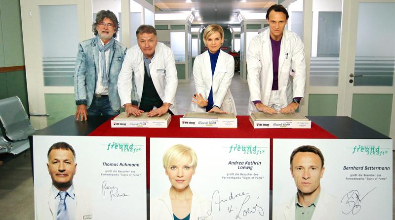 "ARD TV-Kultserie ""In aller Freundschaft"": Thomas Rühmann, Andrea Kathrin Loewig, Bernhard Bettermann"